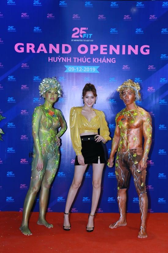 Ninh_Duong_Lan_Ngoc_khai_truong_25fit