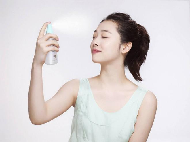 ban-dang-gian-tiep-pha-huy-lan-da-neu-chua-phan-biet-duoc-cap-am-hydrate-voi-duong-am-moisture-1-1524385386-572-width660height495